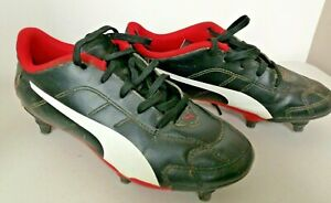 Boys' Puma Black Football / Rugby Boots w. 6 changeable studs. Size UK 3