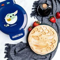 Star Wars The Mandalorian The Child Waffle Maker - Baby Yoda Waffles