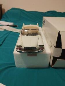 Danbury Mint 1957 Chrysler 300C Convertible Diecast Model 1:24 Scale