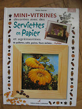 Mini-vitrines Decorees Avec Des Serviettes En Papier P