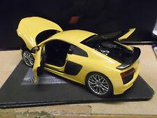 AUDI r8 v10 2015 MKII GIALLO YELLOW SUPER AUTO SPORTIVA I-scale Highend NUOVO NEW 1:18