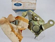 1969 1970 Ford Mustang Mach 1 Shelby Boss NOS FOMOCO Door Lock Latch
