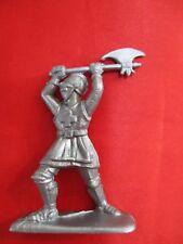 JEM Figurine moyen age 1/32 soldat croisé avec hache Norev Non peint