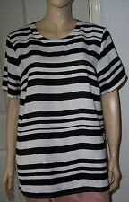 New LABEL BE White & Black Stripe Short Sleeve Top Size: 18 BNWT