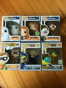 Pop Vinyl Seletor Buzz off Robin 66 Doctor Who Amy Pond Adipose