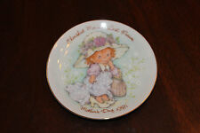 Avon 1981 Mothers Day Plate Cherished Moments Last Forever With Box And Stand