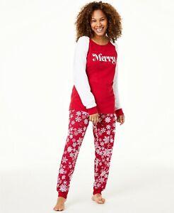 Matching Family PJs Women's Merry Snowflake Christmas Pajama Set - XS #4364