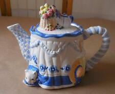 Avon Blue Rose Collection Teapot 1997 Cat-Kitten Under Table w/Flowers