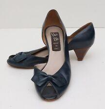 b4057abbb389 Vintage 1970s Womens 6.5 Van Eli Navy Blue Leather Peep Toe Bow Heels