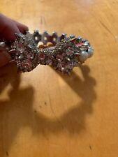 $65 Betsey Johnson Silver Tone Spike Crystal Faux Pearl Bow  Bangle Bracelet Z22