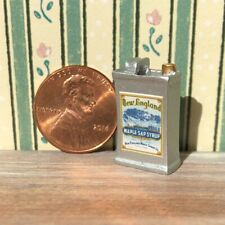 Dollhouse miniature Food 1:12 Vintage Label New England Maple Syrup Tin NEW