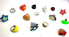 WHOLESALE JOB LOT 100 MIXED FASHION RINGS PLASTIC / METALLIC/ DIAMENTE/ ACRYLLIC