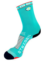 Steigen Aqua Three Quarter Length Performance Running and Cycling Socks