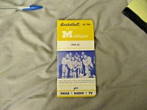 1962-63 MICHIGAN BASKETBALL MEDIA GUIDE Yearbook CAZZIE RUSSELL 1963 BILL BUNTIN