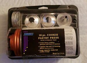 Vintage MIRRO 16 Piece Cookie Pastry Press W/ Storage Tray New in Box