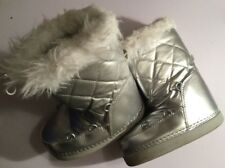 Pair White Faux Fur Lined Silver Snow Rain Boots Girls Size 11 Slip-On Shoes