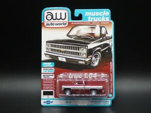 2021 AUTO WORLD 1982 CHEVY SILVERADO 10 SQUAREBODY TRUCK  2B ULTRA RED CHASE