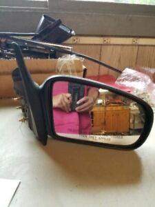 Passenger Right Side View Mirror Manual Fits 97-03 MALIBU 124451