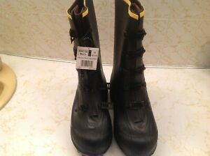 WINTER SPIKED BOOTS LACROSSE  size 10