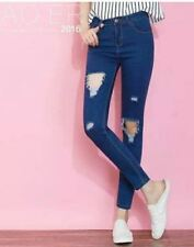 LADIES RIPPED JEANS (BLUE) SIZE 25