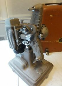 Vintage 1940's Revere Camera Company Model 85 8mm Projector With Case WORKING