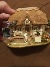 Lilliput Lane Out For A Duck L2274 1999