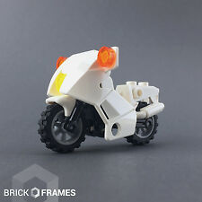 Lego White Motorcycle - BRAND NEW - Grey rims with black tires - City Town