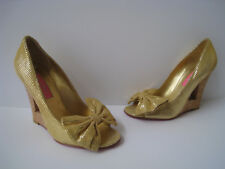 "BETSY JOHNSON SNAKE PRINT GOLDEN LEATHER 4"" WEDGE-HEELS SIZE US 7M GORGEOUS"