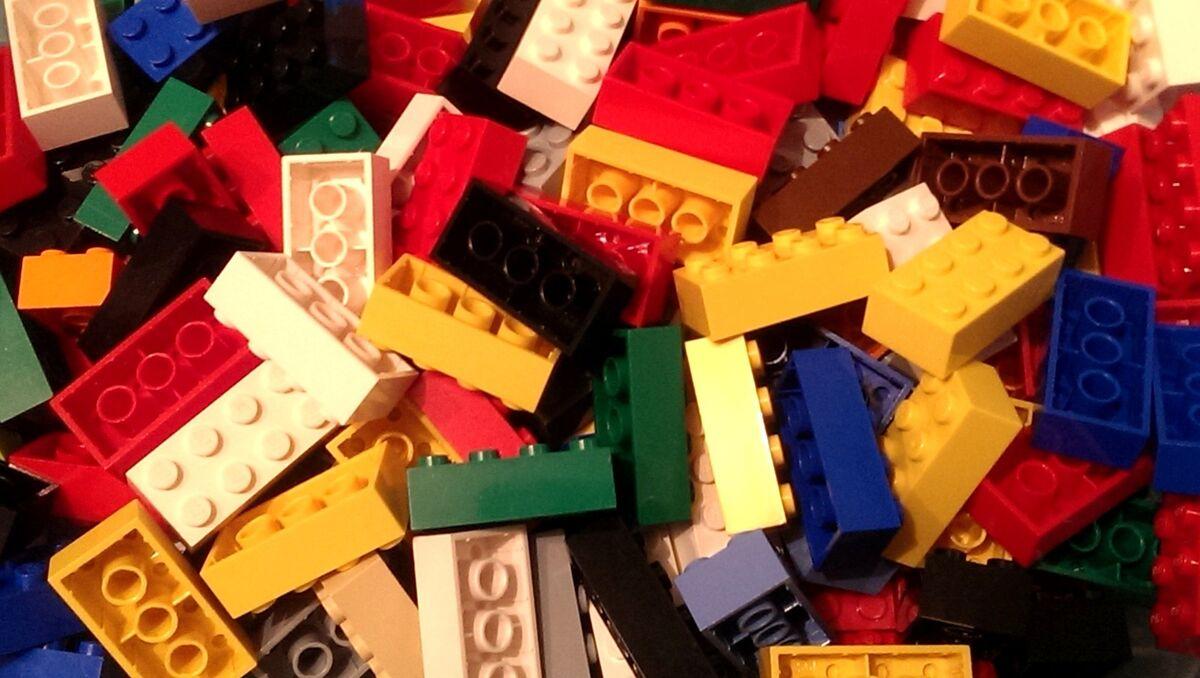 Bricks-and-Pieces