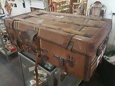 VINTAGE OLD STEAMER TRAVEL TRUNK