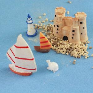 Miniature Sailing Boats & Castle Set by Mowbray Miniatures (7 pcs)