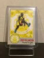 ZION WILLIAMSON CARD - ROOKIE CARD - LIMITED PRINT - RARE CRACKED ICE GOLD CARD