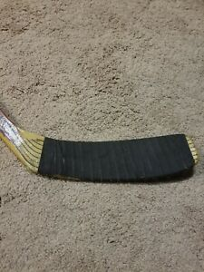 NICKLAS LIDSTROM 91'92 ROOKIE Signed Detroit Red Wings Game Used Stick NHL COA