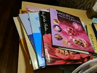 HUGE LOT Jewelry Beading Books Earrings Necklaces Cristal in French Language