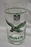 VINTAGE PHILADELPHIA EAGLES NFL FOOTBALL Collector's GLASS CUP Kelly Green
