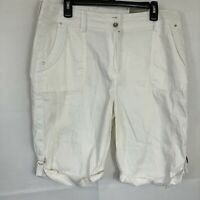 CHICOS Bermuda Shorts Size 2 .5 L/12 White Mid rise Cotton Blend Stretch Zip Nwt
