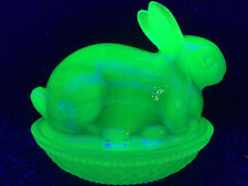 Blue Vaseline glass bunny rabbit uranium on nest / basket dish easter candy eggs