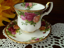 COFFEE CUP & SAUCER OLD COUNTRY ROSES BY ROYAL ALBERT MADE IN ENGLAND