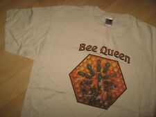 Bee Queen Tee - Beekeeper Drone Honey Hive Honeycomb Beehive Natural T Shirt Lrg