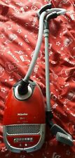 Klein - Jeu d'imitation - Aspirateur électronique Miele rouge