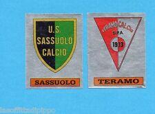 PANINI CALCIATORI 1985/86 -FIGURINA n.611- SASSUOLO+TERAMO -SCUDETTO-Rec