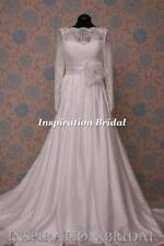 Lace Boat Neck Column/Sheath Plus Size Wedding Dresses