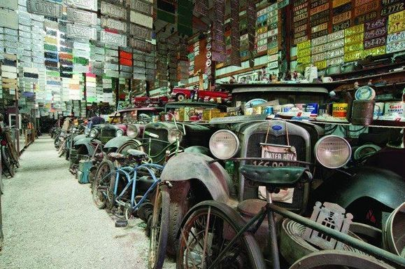 Automobilia Collection