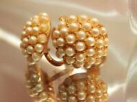 Vintage 1960's Dainty Faux Pearl Gold Tone Screw Back Earrings  502a9