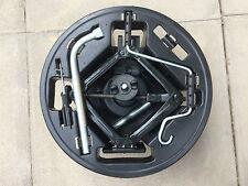 FIAT GRANDE PUNTO/EVO WHEEL CHANGING KIT JACK 17mm WHEEL BRACE TOWING EYE 06-12