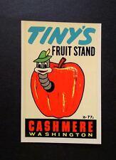 "VINTAGE ORIGINAL 1965 SOUVENIR ""TINY'S FRUIT STAND"" TRAVEL DECAL ART CASHMERE WA"