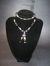 A mix Of Black and Clear Beads