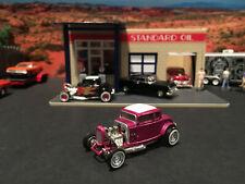1:64 Hot Wheels LE 1932 32 Ford 5 Window Coupe Street Rod Purple Mooneyes