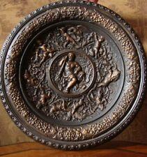 Historismus Herakles Schild Platte Wandteller Putto Renaissance Relief Allegorie