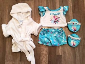 Build a Bear Frozen Pajamas outfit top shorts slippers robe